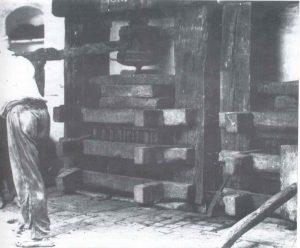 Prensa de vino de Can Puig de Galup Sitges. Siglo XIX